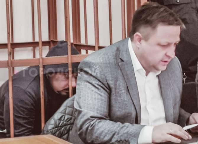 На Брянщине возобновился суд над убившим подростка полицейским