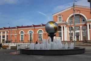 В Брянске завершился ремонт привокзальной площади