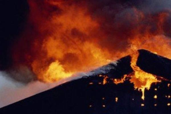 В Брянске сгорел дачный домик в садовом обществе «Автодорожник»