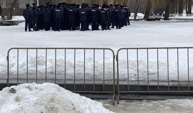 В Брянске из-за «Лыжни России» обнесли забором Курган Бессмертия