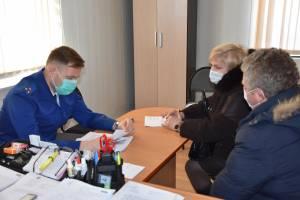Во Мглине заместитель прокурора области провел выездной прием