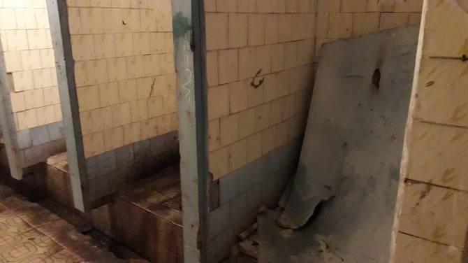 Жители Новозыбкова поставили в вину чиновничьим головам разруху в клозете
