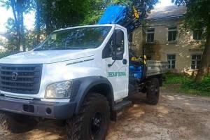 Брянская лесопожарная служба получила три авто с кранами-манипуляторами