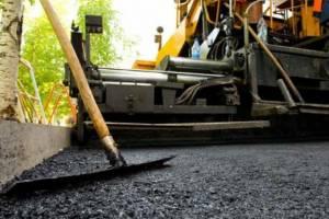 В Жуковке ремонтируют дворовые территории