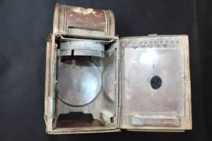 Брянскому музею подарили карбидный фонарь вермахта