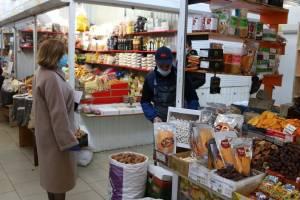 В Брянске выписали 8 протоколов за несоблюдение масочного режима