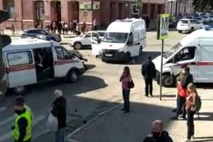 Опубликовано видео массовой аварии у ЦУМа в Брянске