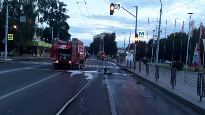 В Брянске из-за смертельного ДТП образовалась пробка