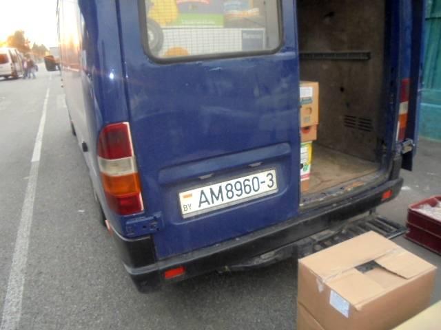 Небезопасные колбасы и молочку развернули на брянской границе