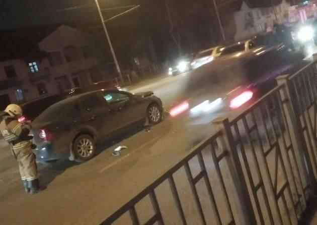 В Бежицком районе Брянска столкнулись три автомобиля