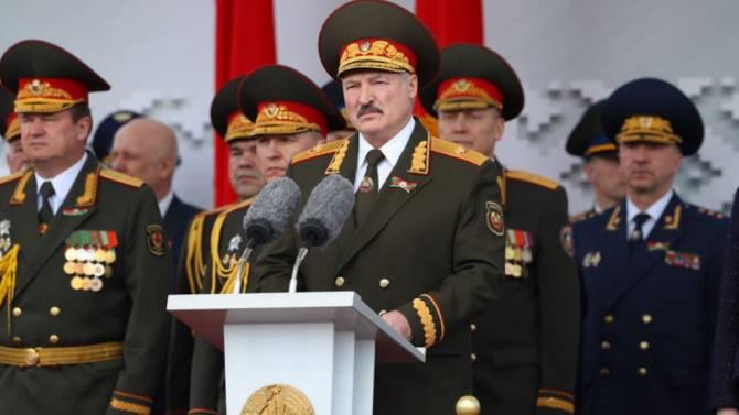 Брянцев восхитил проведенный Лукашенко парад в Минске