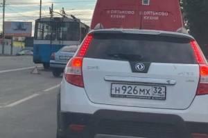 В Брянске из-за ДТП на Стальзаводе образовалась огромная пробка