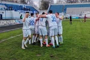 Брянское «Динамо» приметростовскую «Чайку»