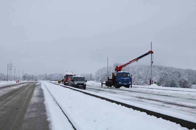 На дороге от «Metro» к вокзалу Брянск-I начали монтировать освещение