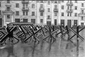 Ко Дню города брянцев пообещали порадовать макетами противотанковых «ежей»