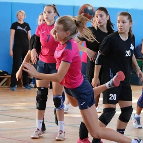 В Сельцо гандболистки «Сокола» выиграли турнир памяти Ивана Каспарова