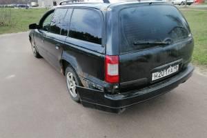 Владельца брянского частного сервиса обвинили в угоне и порче автомобиля