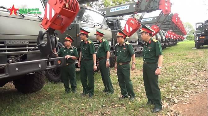 Вьетнамская народная армия получила краны из Клинцов