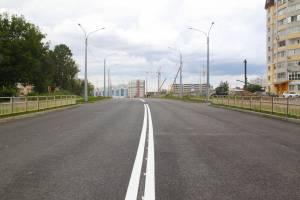 В Брянске разметку на новой дороге по Советской нанесли горячим пластиком