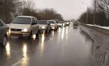 Гигантская пробка сковала дороги на Новостройке в Брянске
