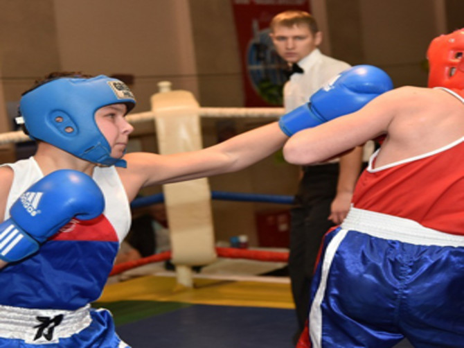 В Карачеве прошел открытый турнир по боксу