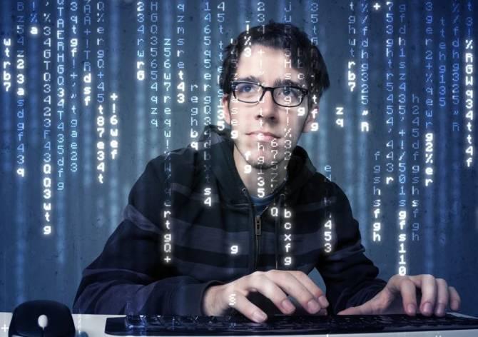 В Брянской области ищут программиста на зарплату в 150 тысяч рублей