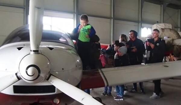Победившие тяжелую болезнь дети отправились в полет над Брянском