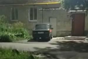 В Дятьковском районе ночью подожгли легковушку