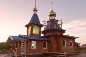 В Погаре установили купол на новой церкви