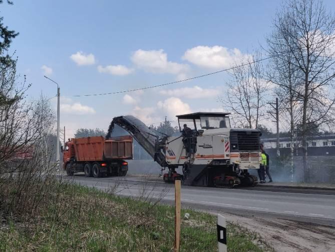 В поселке Свень-Транспортная стартовал дорожный ремонт
