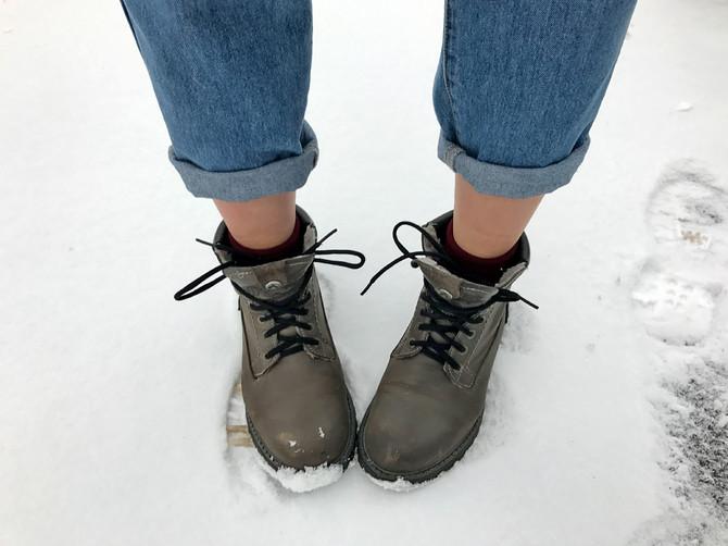 Брянским хипстерам порекомендовали зимой закрывать щиколотки
