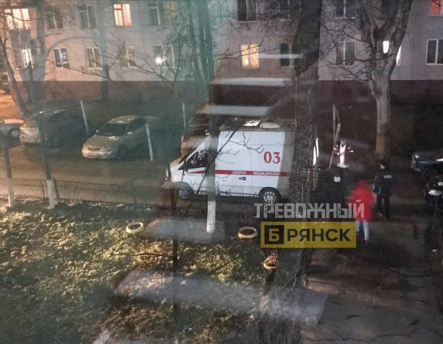 В Брянске в одном из домов пьяная компания устроила драку