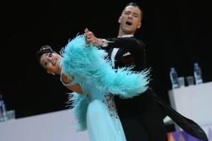 Фантастический фокстрот показала брянская пара на тренировке