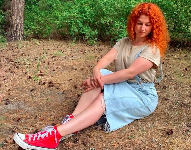 Брянская девушка застряла в заражённой коронавирусом Европе