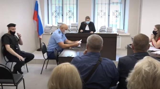 В Брянске Николай Тимошков считает суд против себя постановочным