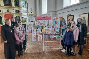 В Мглине состоялась выставка «Свет радости пасхальной»